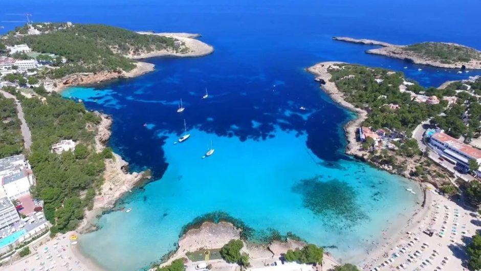 film over Ibiza vakantie promoties 940x530 Reis inspiratie film, ontdek Ibiza per drone