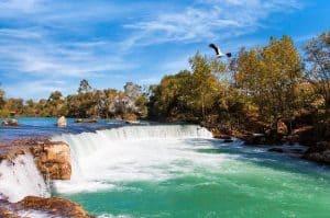 Bezoek ook de schitterende watervallen van Manavgat tijdens uw vakantieverblijf in Alanya 300x199 Nergens goedkoper: 9 daagse vliegvakantie naar Alanya 3 *** Hotel Wien € 238,  vertrek in Mei