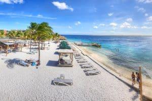 Boek nu uw 9 daagse vakantie reis naar het Eden Beach Resort op Bonaire al vanaf 599 euro 300x200 Aanbiedingen vliegvakanties Antillen, nu 9 dagen naar Bonaire of Aruba vanaf 649 Euro