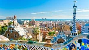 Breng ook een bezoek aan Barcelona tijdens jullie 8 daagse vliegvakantie naar Lloret de Mar 300x169 Last minute naar Lloret de Mar? Nu maar € 143,  pp vertrek in September en Oktober, Best Deal Garantie