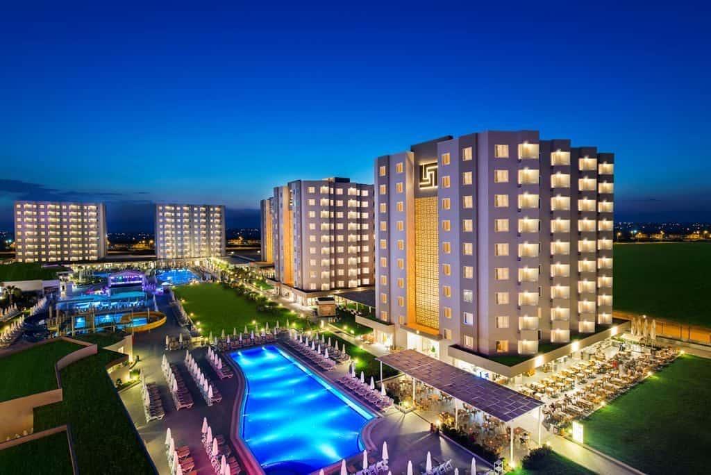 Grand Park Hotel Lara Beach 1024x684 Aanbiedingen voor de LAATSTE last minute all inclusive reizen in de Zomervakantie
