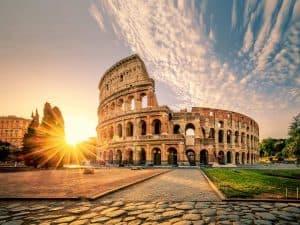 Het Wereldberoemde Colloseum van Rome 300x225 Boek nu je Citytrip Rome met vlucht en hotel vanaf € 118,  (logies + ontbijt)