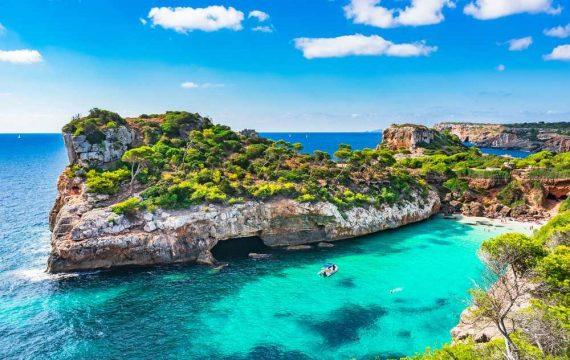 aanbiedingen goedkope all inclusive vakanties Mallorca zomervakantie 570x360 Nu 8 dagen all inclusive naar Mallorca in de Herfstvakantie vanaf 289 Euro