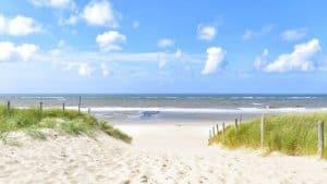 aanbiedingen goedkope vakanties vakantieparken Zeeland aan zee 300x169 Aanbiedingen goedkope vakanties Zeeland, Vakantieparken 5 dagen vanaf € 62.  per accommodatie