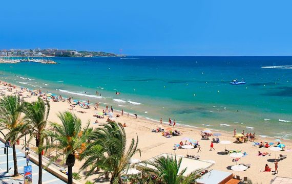 aanbiedingen goedkope vliegvakanties Spanje herfstvakantie 2019 570x360 Mei vakantie aanbieding, 7 daagse vliegvakantie Spanje, Salou, vanaf € 143.
