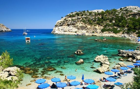 aanbiedingen last minute vliegvakanties Rhodos Faliraki Anthony Quinn Bay 570x360 Home