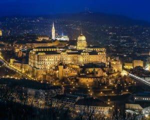 goedkope citytrips Budapest 300x241 Aanbiedingen goedkope CityTrips Budapest, 4 dagen, ****Hotel, vanaf € 75.